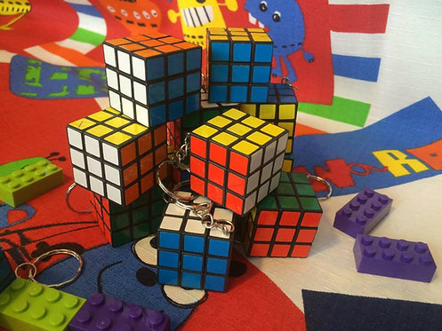Llavero cubo 3x3 base negra