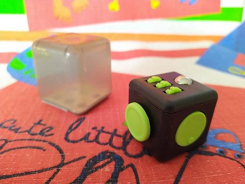 Fidget cube negro verde