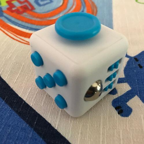 Fidget Cube blanco con azul
