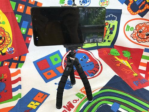 Tripie flexible negro para celular