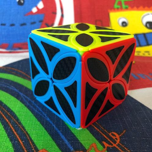 Clover cube phantom colored