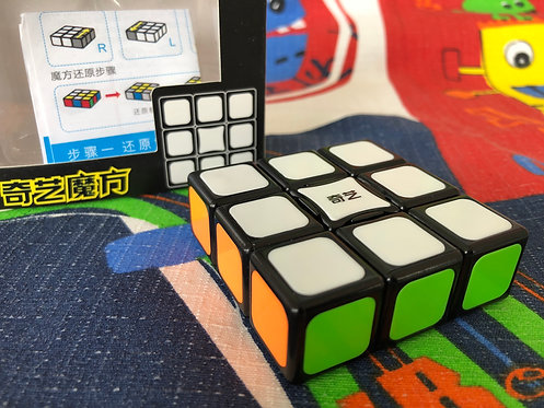 QiYi 3x3x1 Super Floppy base negra