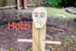 Holzi_edited_edited.jpg
