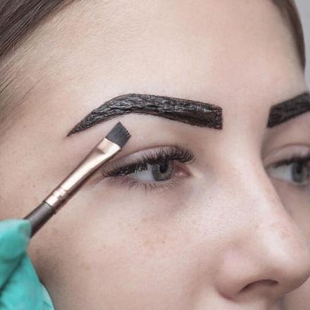 Henna Brow 2.jpg