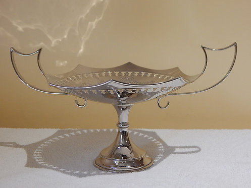 Stunning 1930's Sterling Silver Tazza(CB483)