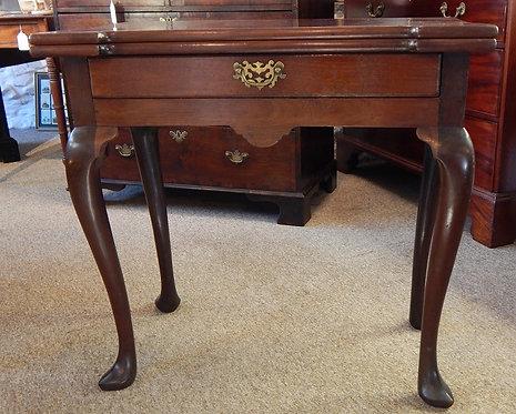 A Stunning George III Tea Table (DKS/467)