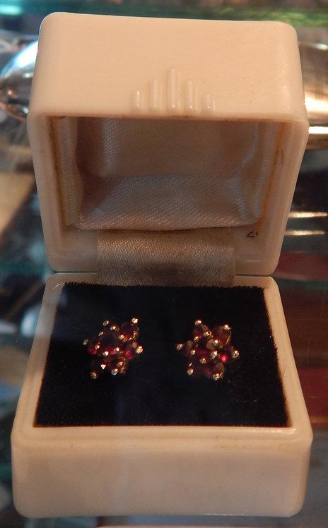 A Lovely Pair Garnet Cluster Earrings (C0M/350)