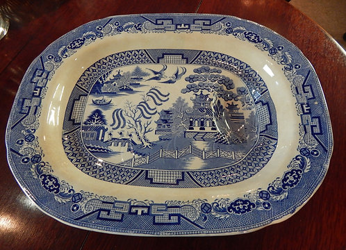 A 19th Century Blue Willow Meat Platter (DKS/524)