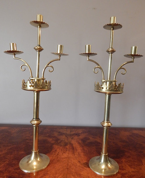 Victorian Gothic Brass Candle Sticks(DKS/591)