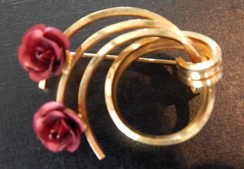 A Lovely Vintage Rose Brooch ( DKS/488)