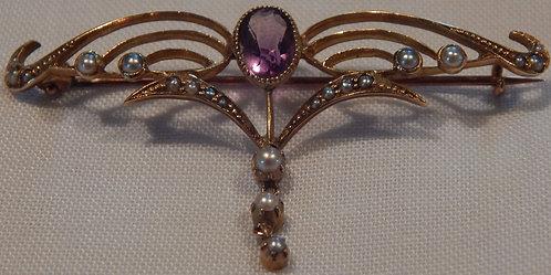 A Stunning Amethyst & Seed Pearl Brooch(DKS/525)