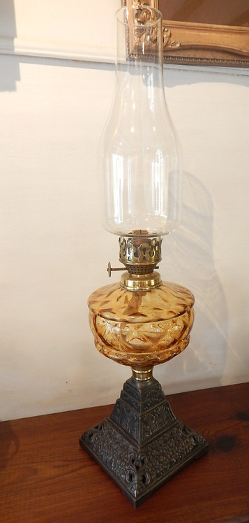 Victorian Cottage Oil Lamp (COM/358)