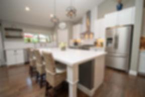 004 Kitchen.jpg