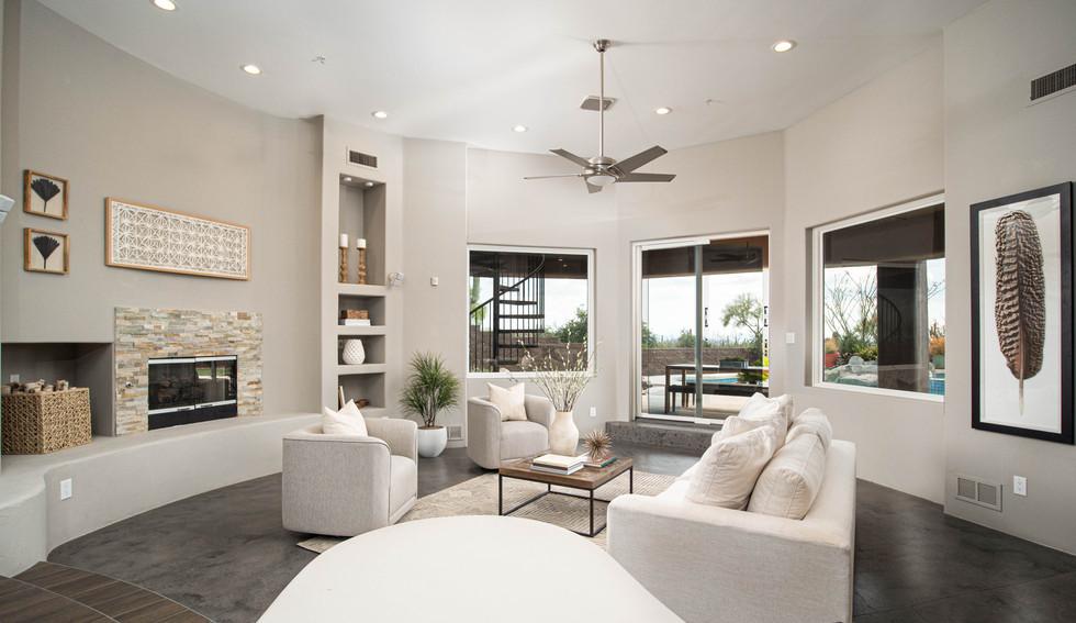 07 - Living Room 5.jpg