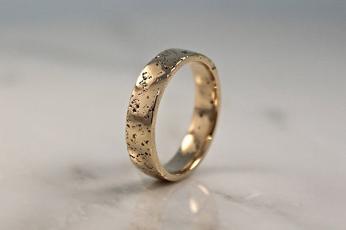 18ct Yellow Gold Sand Cast, Textured Wedding Ring, Flat.