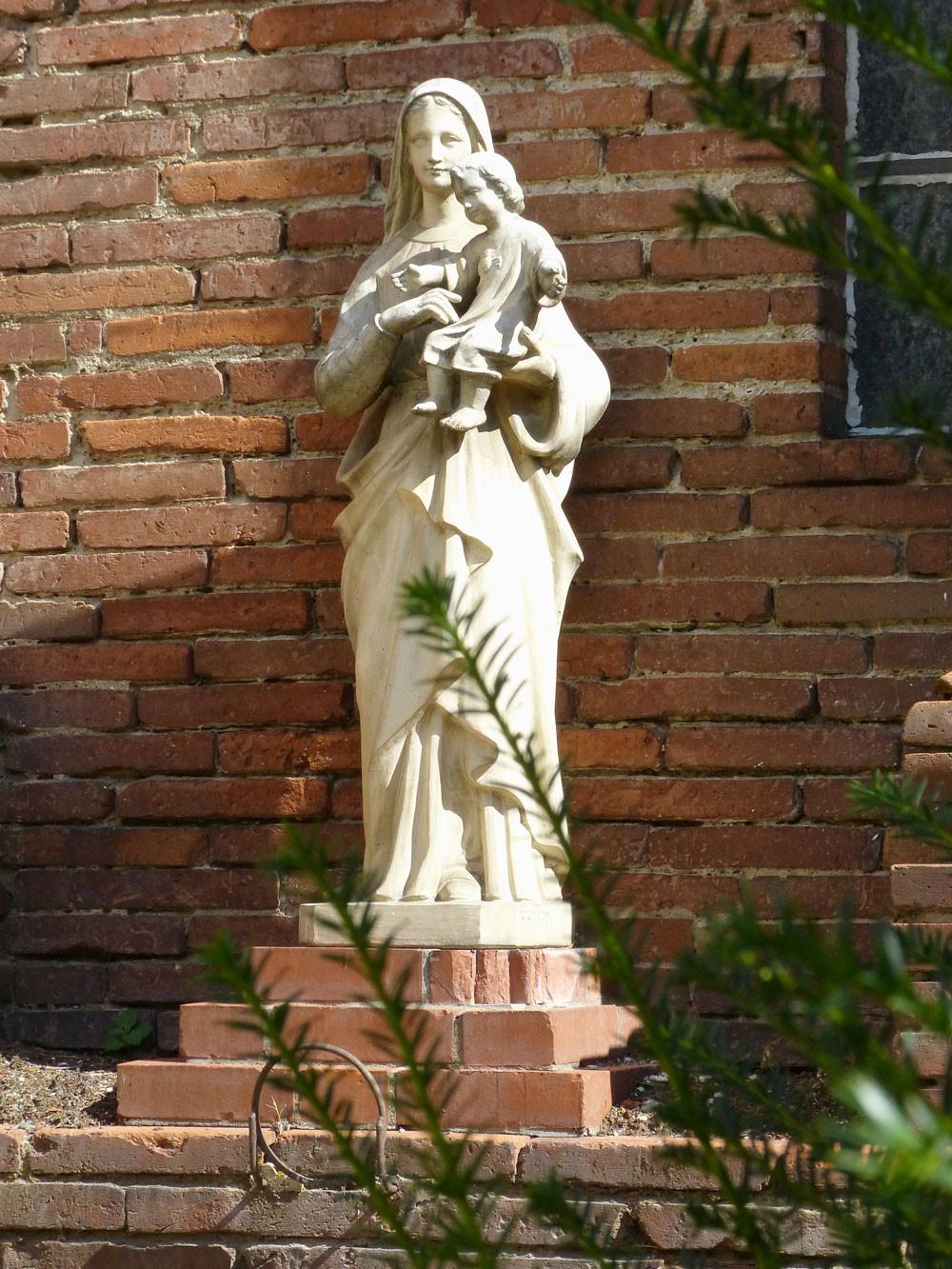 La Vierge Marie et l'enfant Jésus