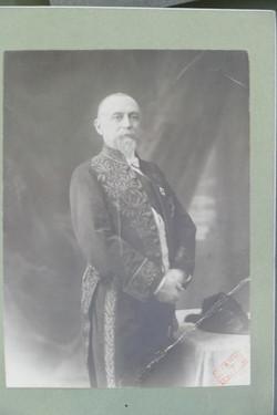 Portrait de Marcel Dieulafoy en académicien