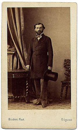 Portrait de Giuseppe Verdi, au format carte-de-visite. Paris, musée d'Orsay.