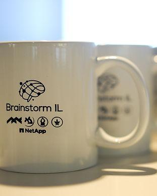 Brainstorm cups