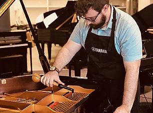Preparing a new Yamaha SX3 piano. #yamah