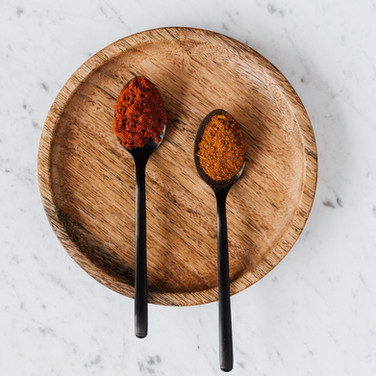 smoked-paprika-powder-and-mix-of-peppers