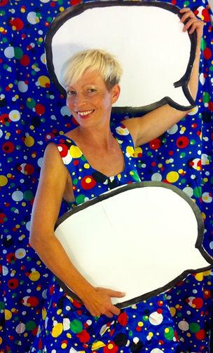 Dětské dny Divadlo pro děti  Dětské programy Malování na obličej Balónkový klaun >> Pohádky Narozeninová párty Firemní akce Karneval
