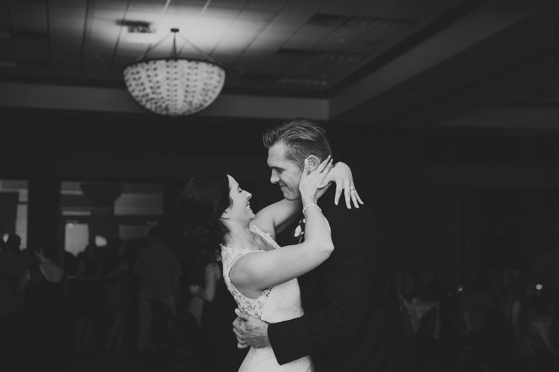 neenah wisconsin wedding