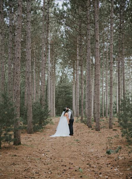 Alex + Kelsey  |  Burlap & Bells Wedding | Black River Falls, Wisconsin