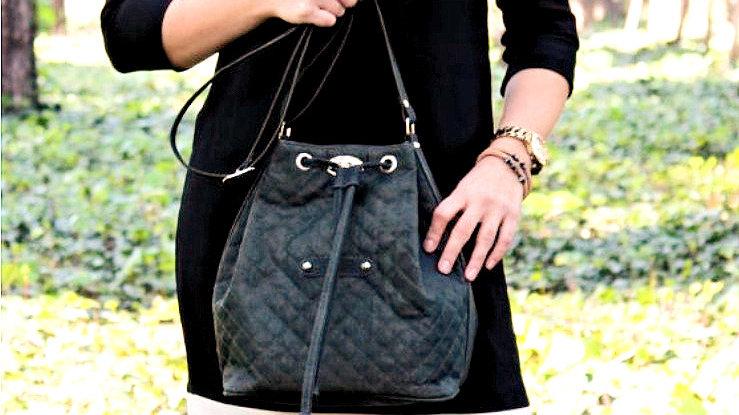 Recycling Design - Selina Crossbody Bag - Schwarz - Vegan - Individuell