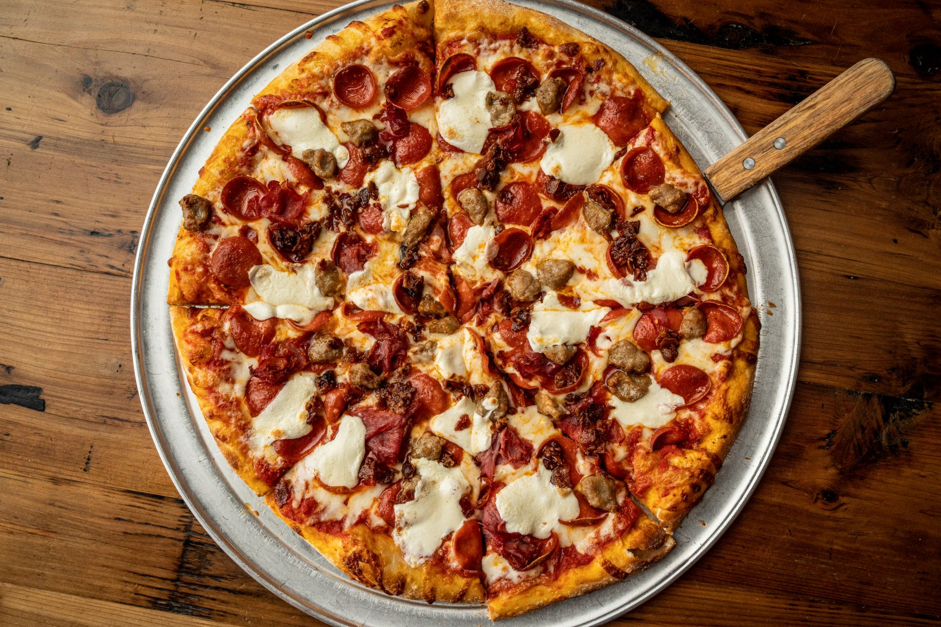 Meatzza resized