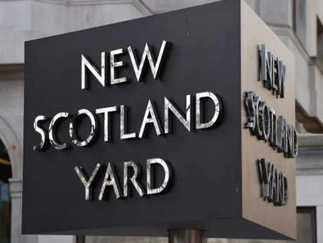 Police sergeant convicted of misuse of Met databases avoids prison term and still works for the forc