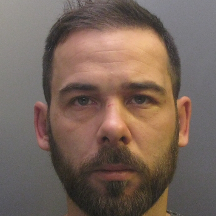 CAMBRIDGESHIRE: 'Violent' man with string of convictions jailed for threatening to stab mother of hi