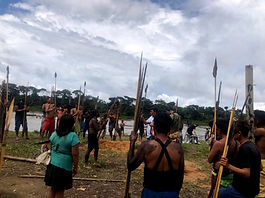 """""""Os garimpeiros chegaram querendo guerra"""", dizem indígenas Yanomami"""