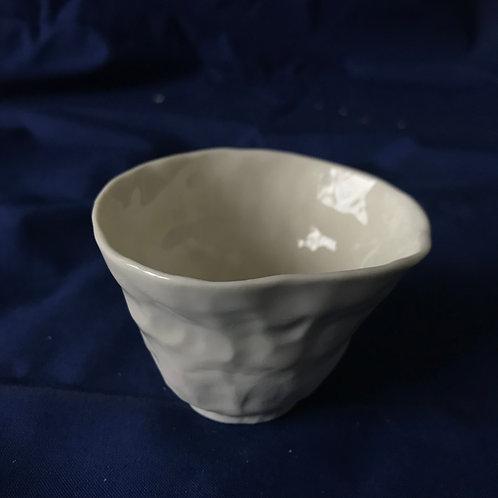 petite tasse en porcelaine