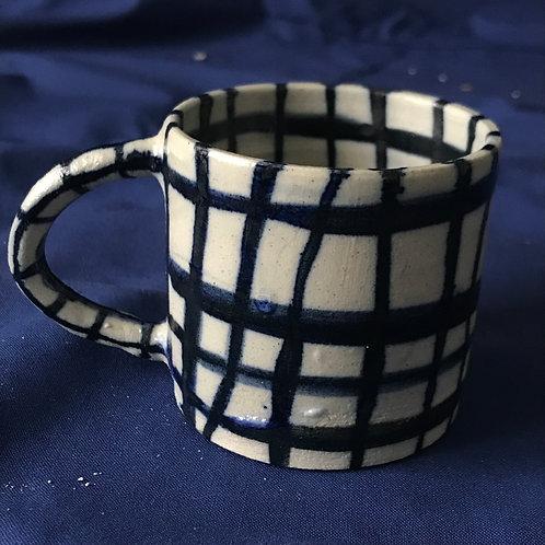 tasse en grès tourné