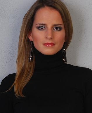 Hanka profil_upraveno.jpg