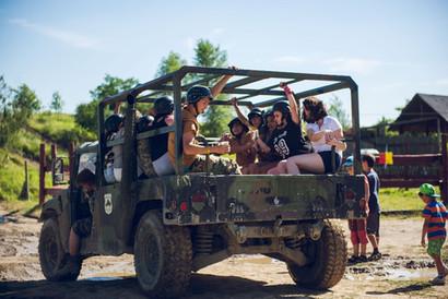 Dětský den v areálu tvrze Hummer