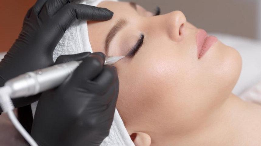 cosmetic-tattoo-eyeliner-danielle-scott-