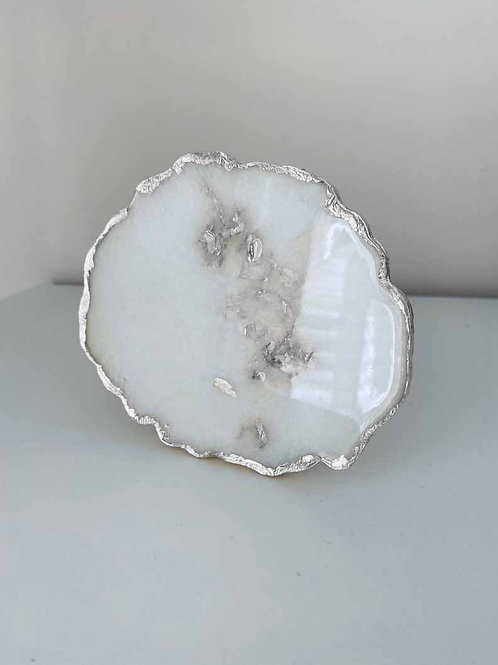 White and Metallic Resin Agate Shaped Coaster Set