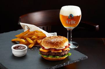 BurgerMaroille+Biere.jpg