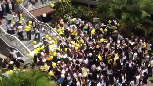 200 Balloon Drop at Sacred Hearts