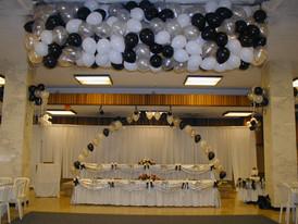First Dance Balloon Drop at Wedding