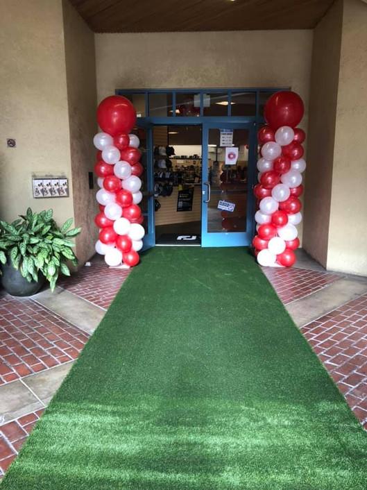 Roger Dunn Golf Opening Entrance