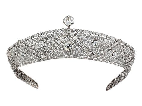 穿豹紋的皇帝珠寶商 一窺古董珠寶的美麗與投資心法(I)