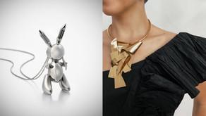 把傑夫昆斯的28億兔子戴上身|紐約蘇富比「Sculpture to Wear」珠寶展大秀可穿戴上身的微形雕塑