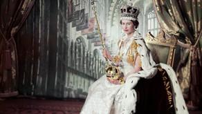 珠寶帶貨女王 Episode 1 :                              英國女王伊莉莎白二世——胸針篇