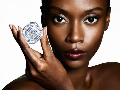 珍罕美鑽爭奪戰3:  GRAFF 購入巨型原石,打磨成全世界最大正方形祖母綠式切割鑽石