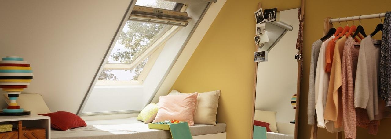 VELUX Center-pivot Roof Window