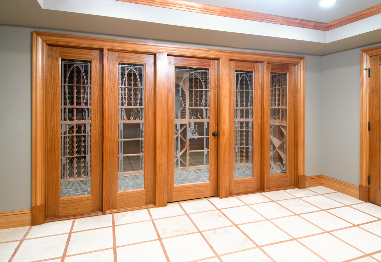 FL100 Wine Cellar Door