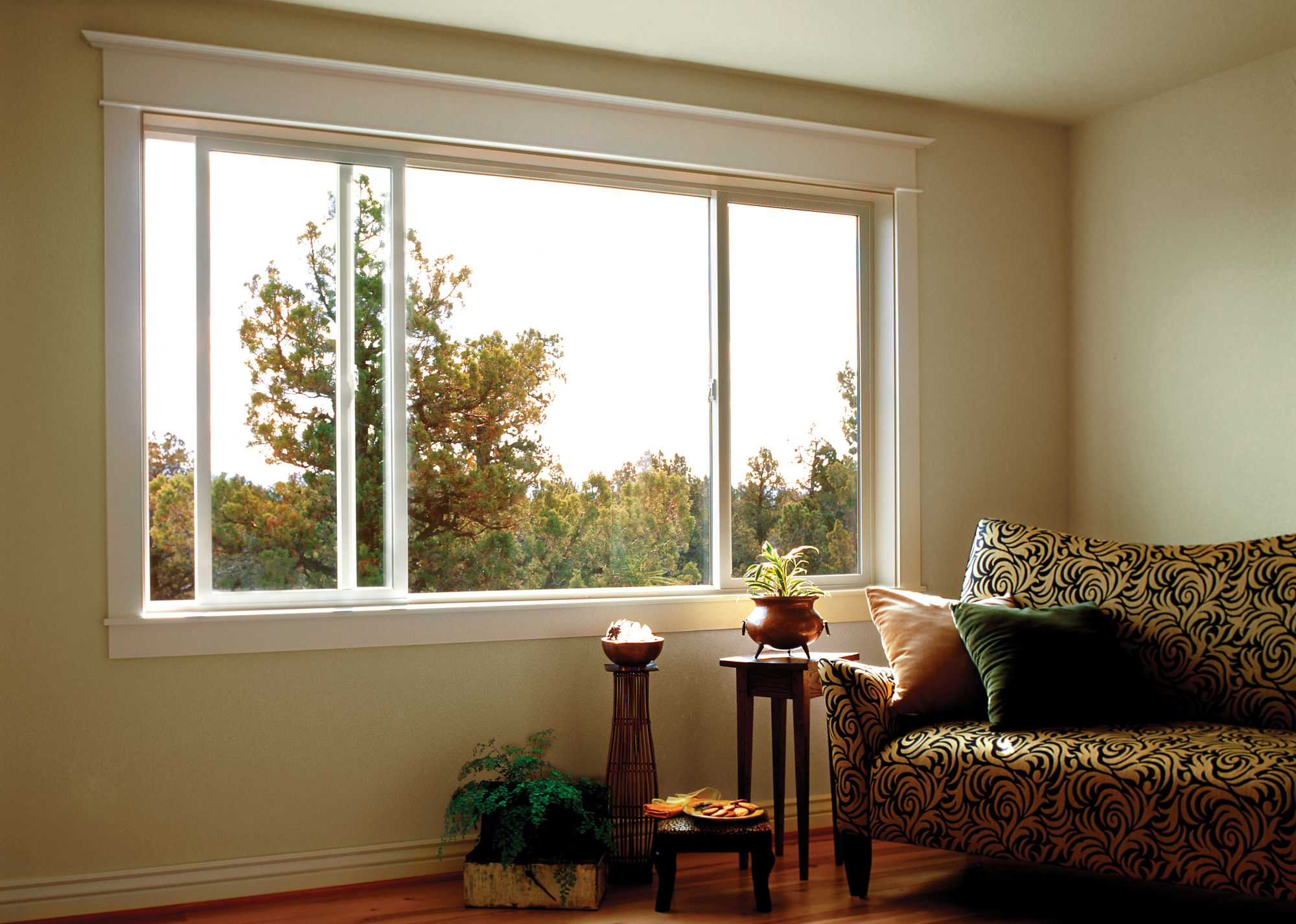 BUILDERS VINYL SLIDING WINDOW